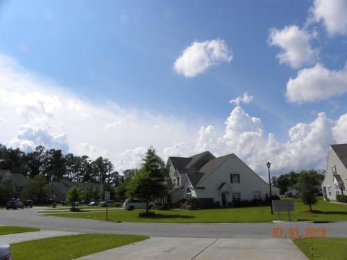 563 Riverward Drive Photo 1