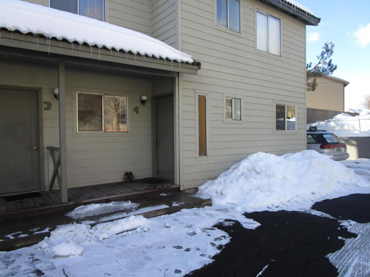 930 NW Carlon Avenue Apt 4, Bend, OR 97703 | HotPads