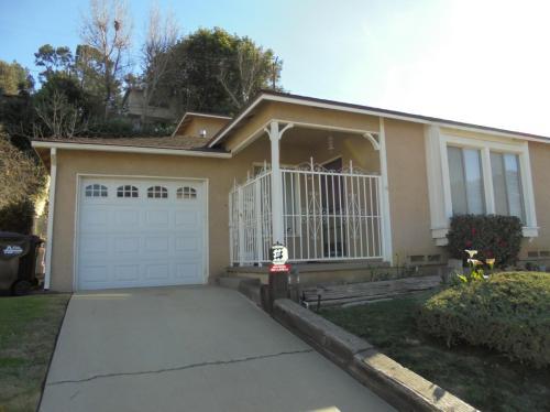 834 Loma Verde Street Photo 1