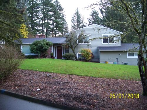 2700 SW Garden View Avenue Photo 1