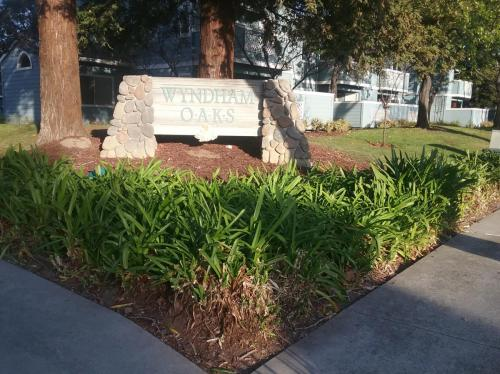 1573 4 Oaks Circle Photo 1