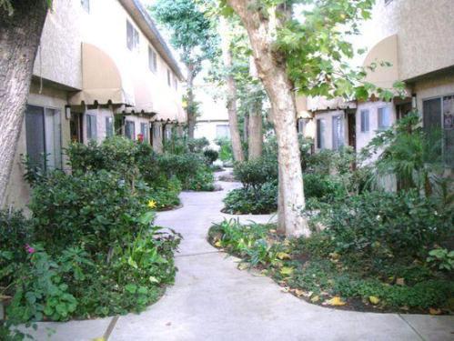 17045 Roscoe Boulevard Photo 1