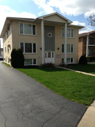 4608 Maple Avenue Photo 1