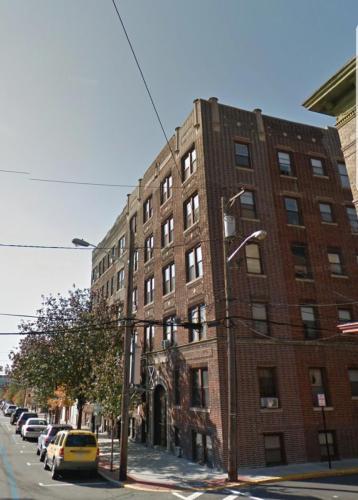 809 New York Avenue Photo 1
