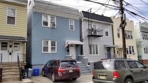 115 Clarke Avenue #1 Photo 1