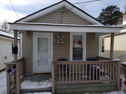 1118 Saint James Street Photo 1