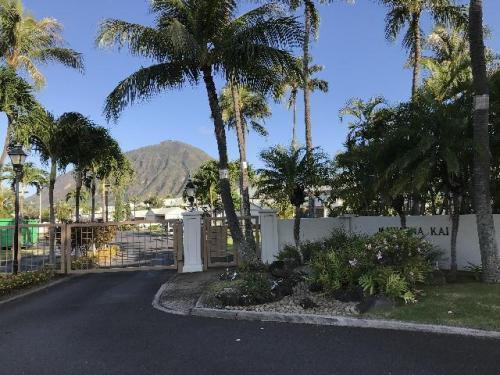 7007 Hawaii Kai Drive Photo 1