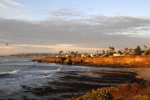 Sunset Cliffs Boulevard Photo 1