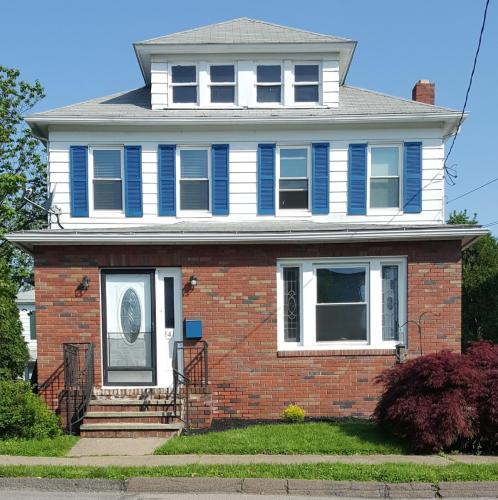 141 Dennison Street Photo 1