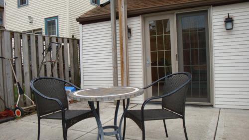 1765 N Astor Street #MAIN LEVEL Photo 1