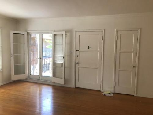 436 S Gramercy Place Photo 1