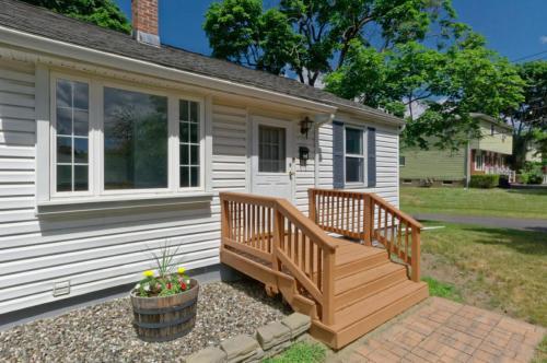 2 Moch Terrace Photo 1