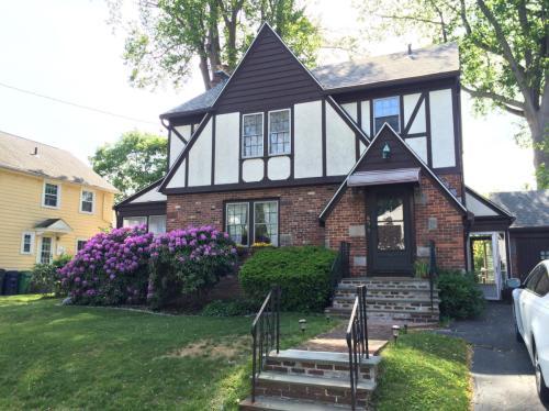 65 Dartmouth Avenue Photo 1