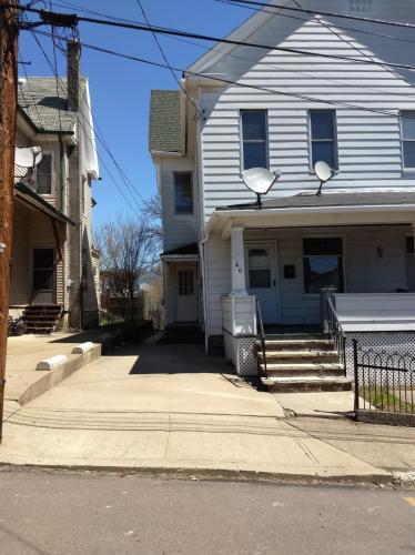 46 Jeanette Street Photo 1