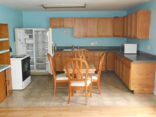 5595 S Chestnut Terrace Photo 1