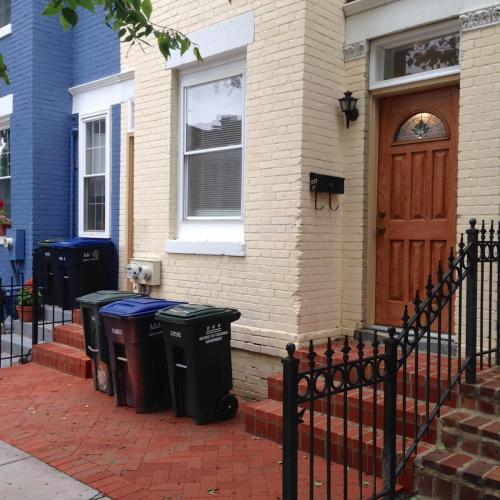 Orleans Place NE Photo 1
