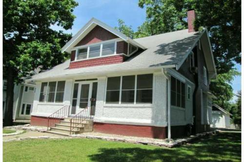 3307 Forest Avenue Photo 1