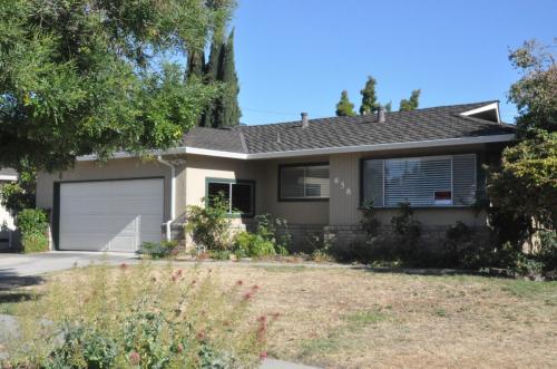 658 Springwood Drive Photo 1