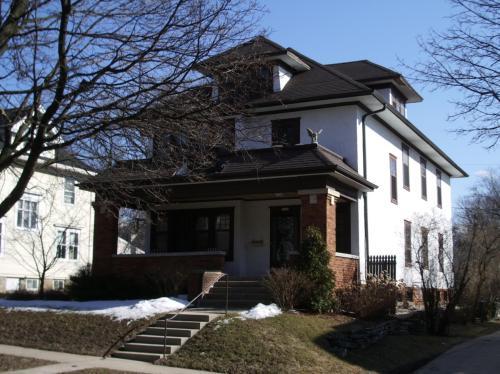 7503 Kenwood Avenue Photo 1