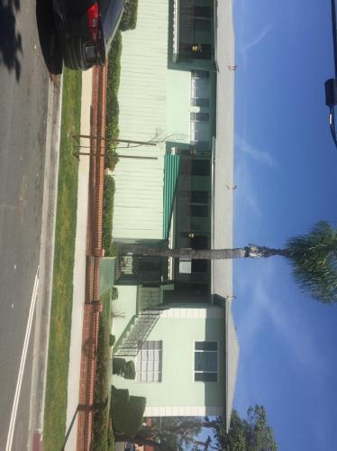 2401 Magnolia Avenue #7 Photo 1