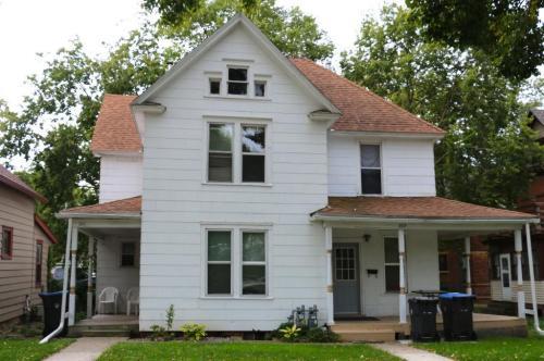 211 E Vine Street Photo 1