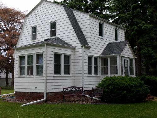 1705 Ivy Avenue E Photo 1