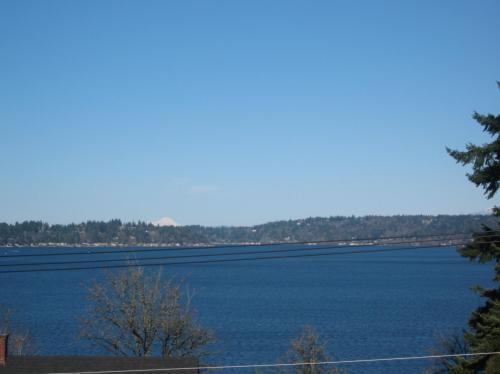 W Lake Sammamish Parkway SE Photo 1
