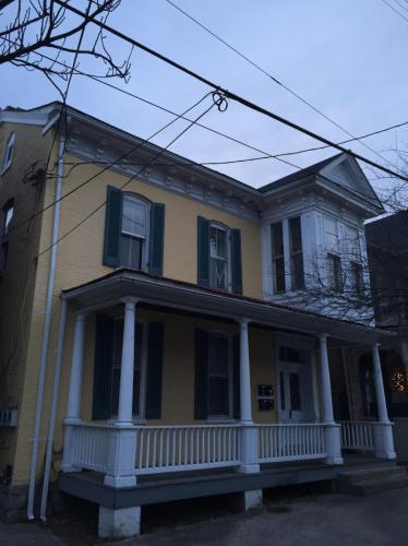 305 W Martin Street Photo 1