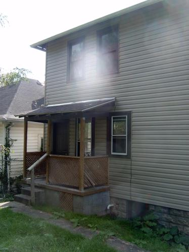 652 Monroe Street Photo 1