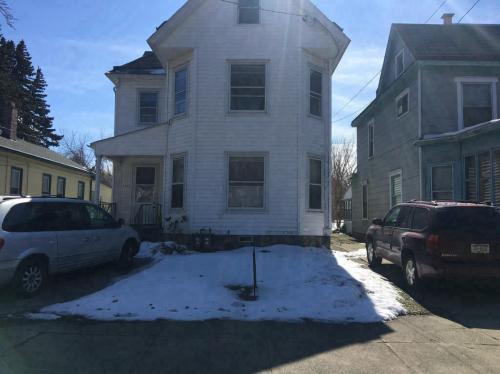 1147 W 10th Street #2 Photo 1