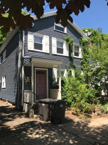 132 Nicoll Street #2ND FLR Photo 1