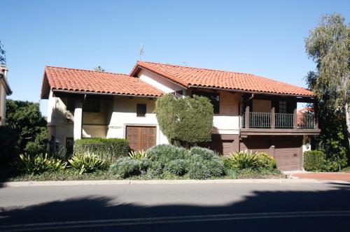 1530 Soledad Avenue Photo 1