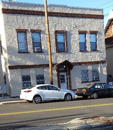 207 Franklin Avenue Photo 1