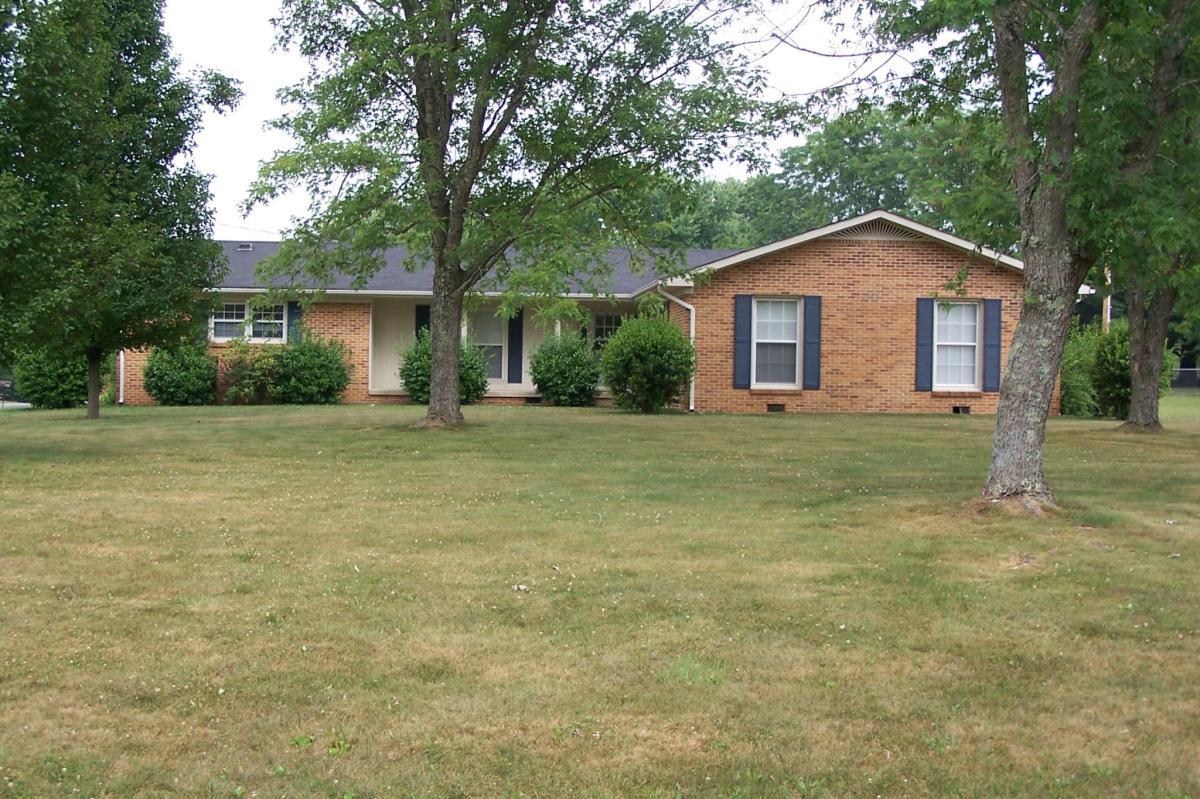 736 W Oak Drive, Cookeville, TN 38501   HotPads