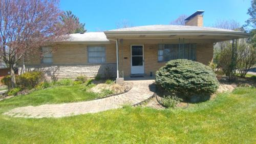 5522 Sprucewood Drive Photo 1