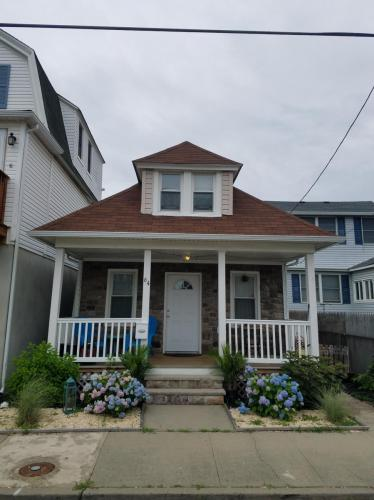 64 Seadrift Avenue Photo 1