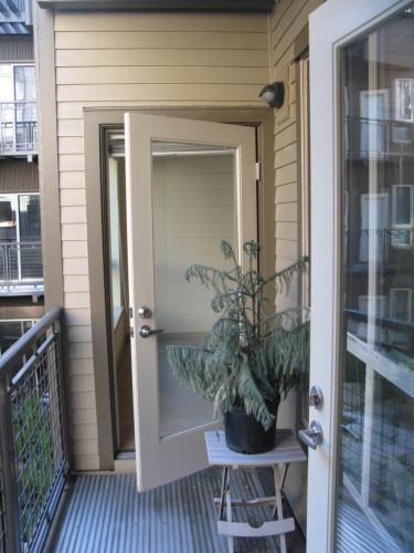 1410 E Pine Street Photo 1