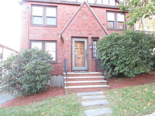 158a Robbins Street #1 Photo 1