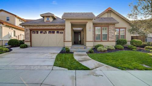 7685 Ridgeline Drive Photo 1