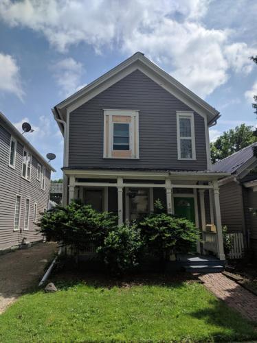 184 Charles Avenue Photo 1