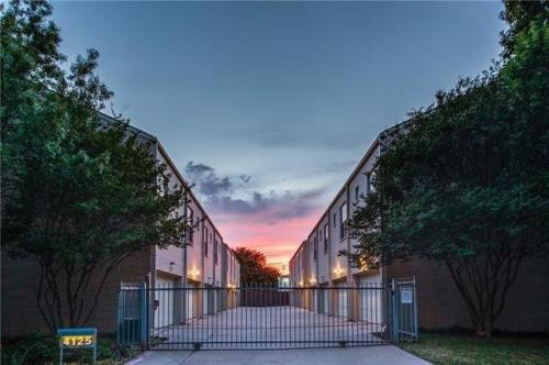 4125 Cole Avenue #11 Photo 1