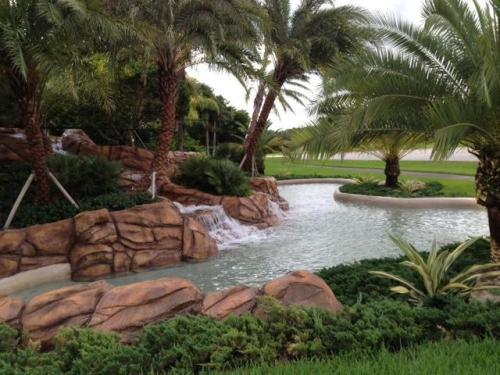 Boca Falls Drive Photo 1