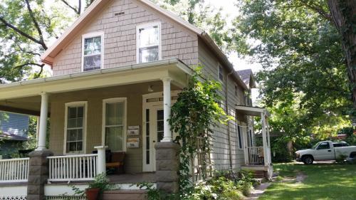 706 Illinois Street Photo 1