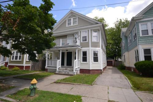 59 Pinehurst Avenue #1 Photo 1