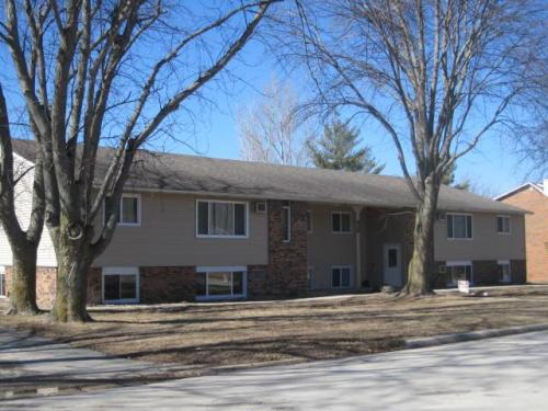 96 Forest Boulevard Photo 1