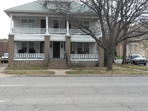 838 S Main Street Photo 1