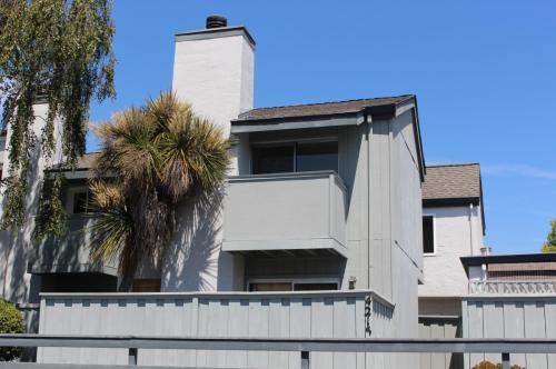 4215 Sea Pines Court Photo 1