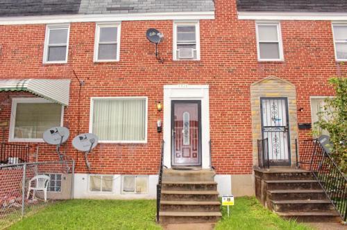 3938 Chesterfield Avenue Photo 1