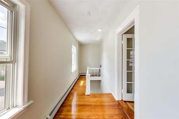 Surprising 228 Bucklin Street Apt 2 Pawtucket Ri 02861 Hotpads Home Interior And Landscaping Ologienasavecom