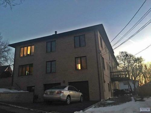 489 Martling Place Photo 1